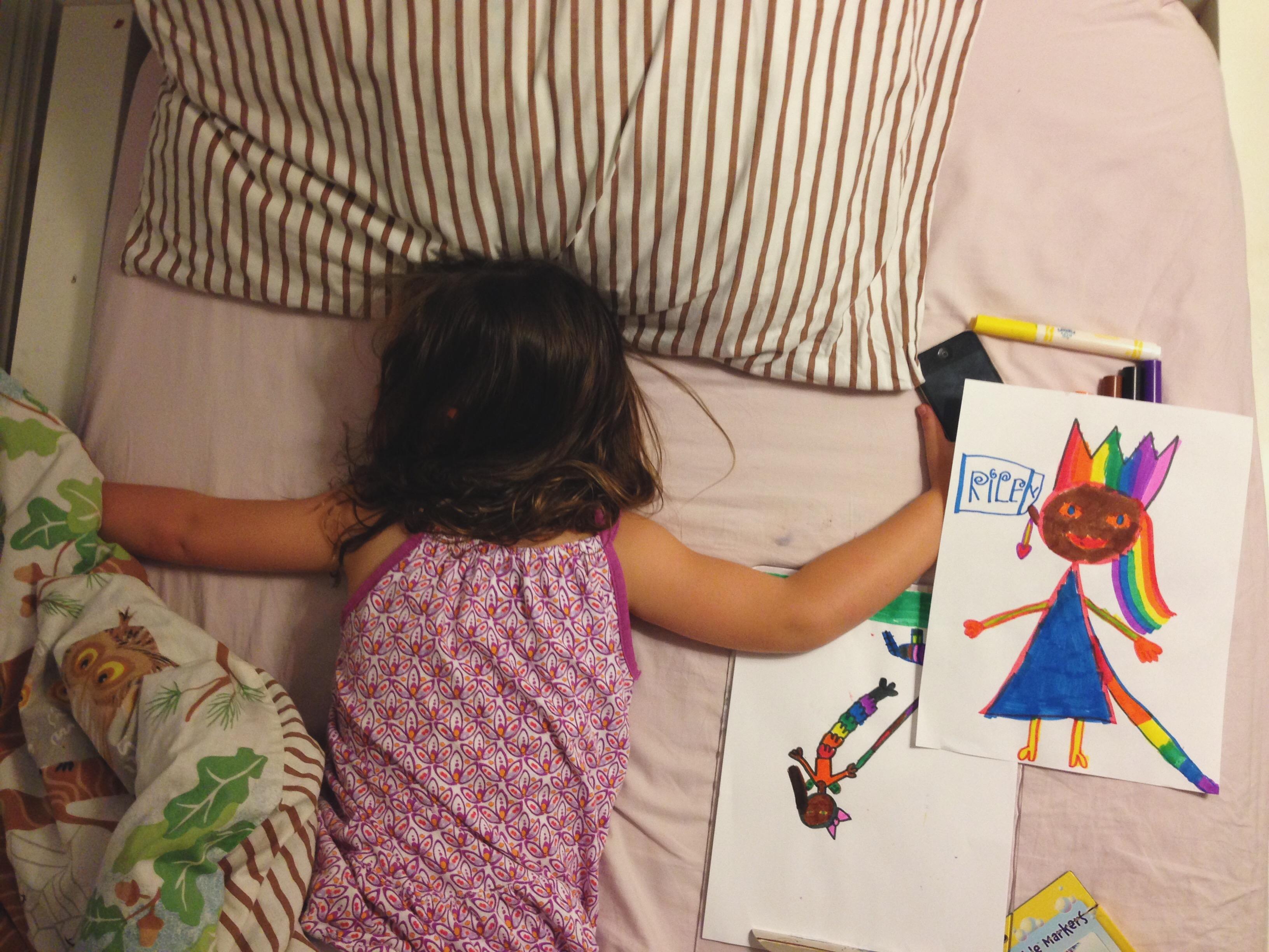 Roozle draws herself to sleep 10