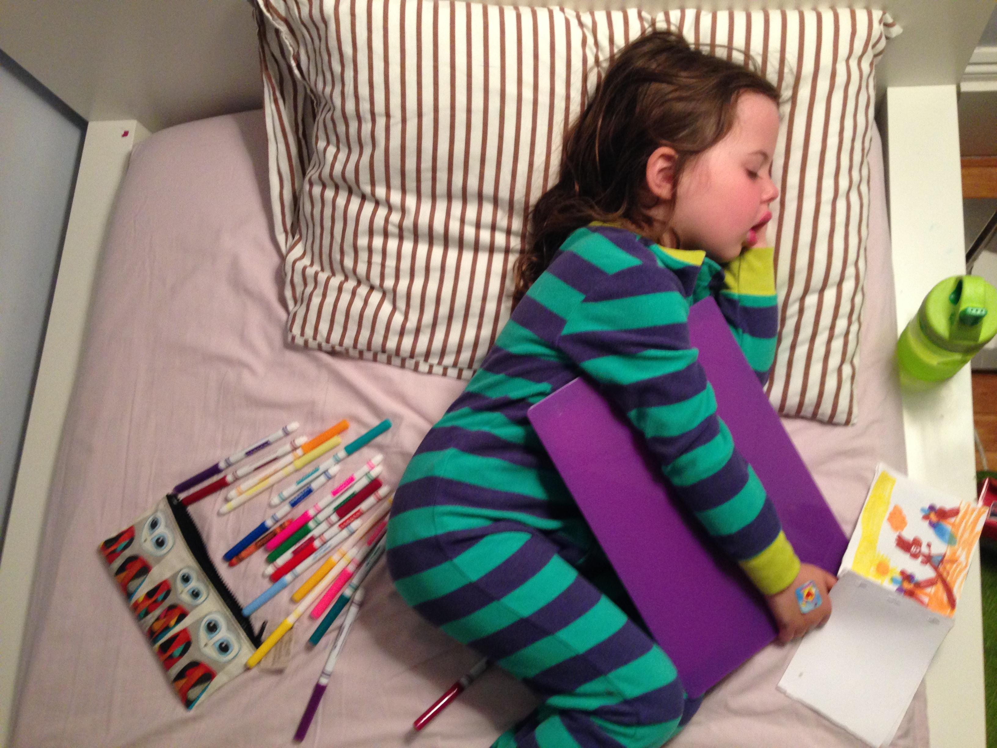 Roozle draws herself to sleep 15