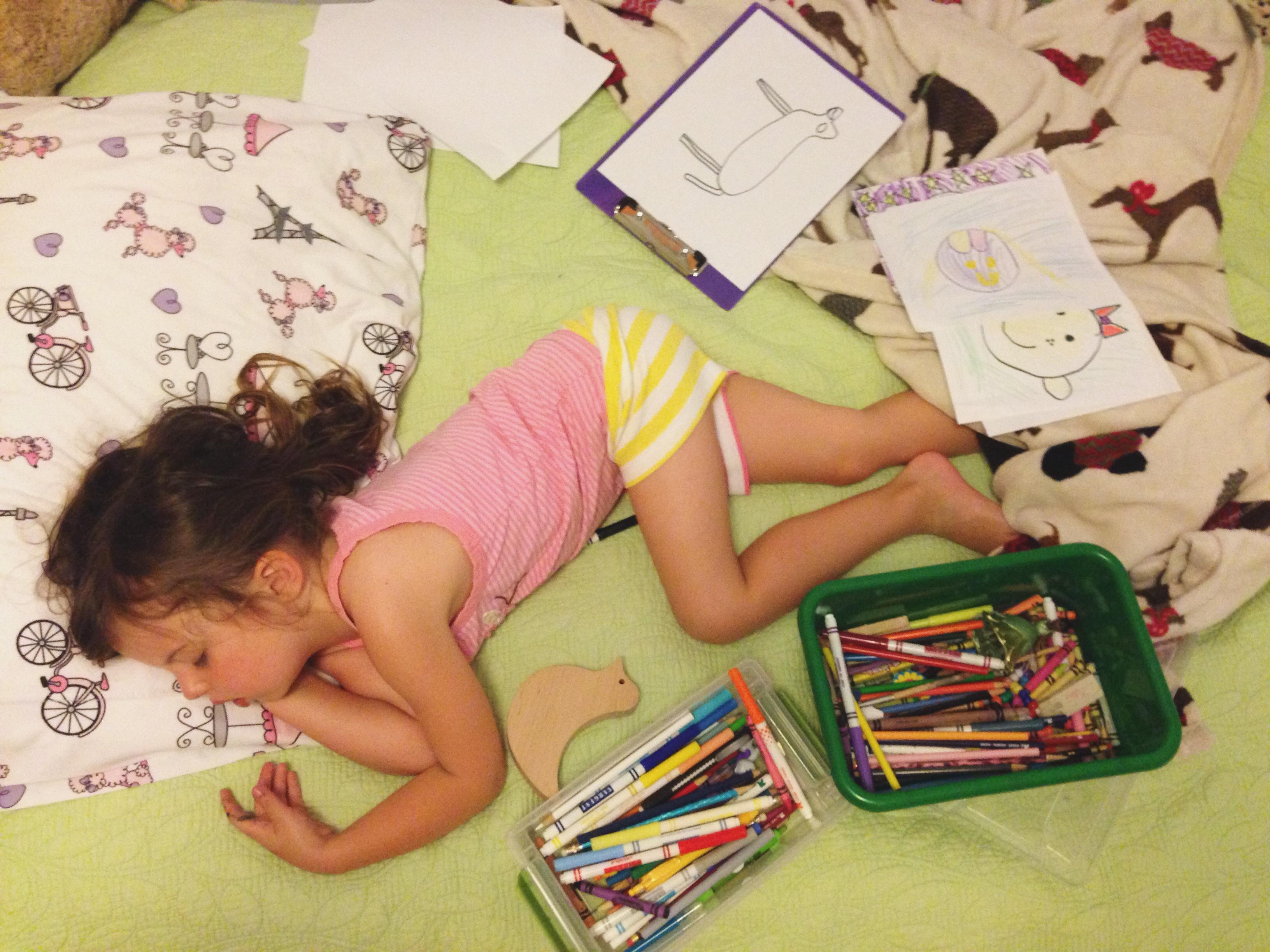 Roozle draws herself to sleep 17