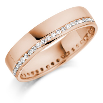 Rose gold wedding bands are a popular wedding trend for 2011