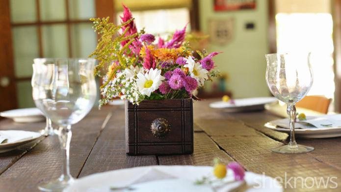 Embellish your Thanksgiving table with floral