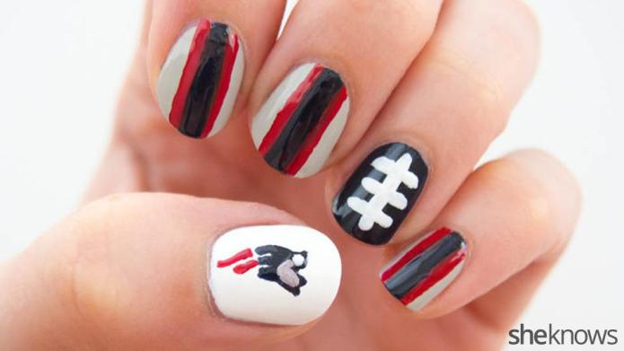 Fan-icures: Nail design tutorials inspired by