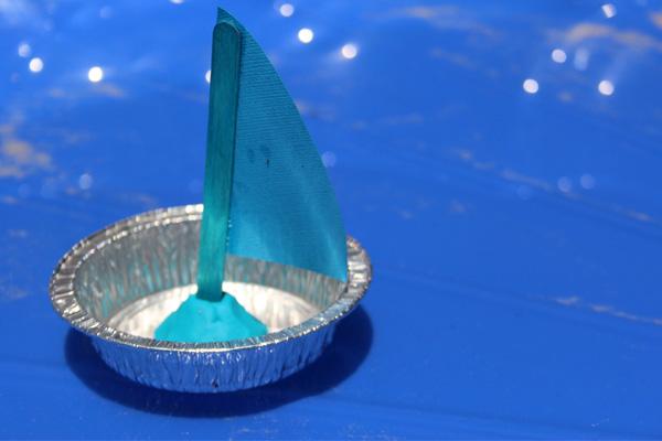 tin sail boat