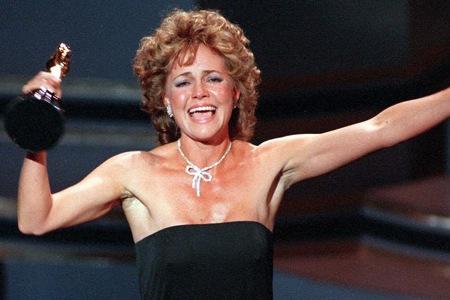 Sallie Field wins her second Oscar