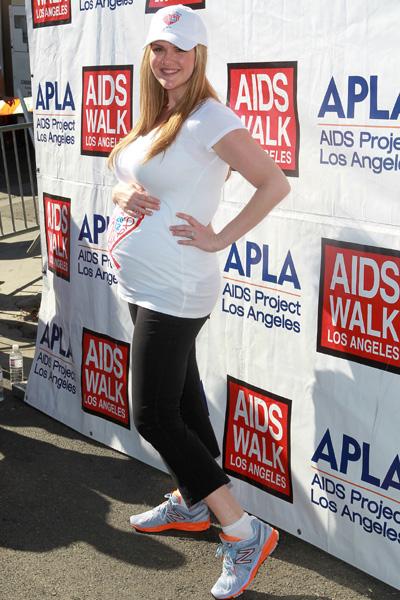 Pregnant Sara Rue