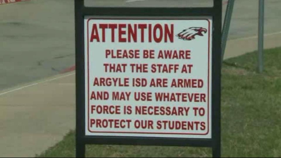 Sign at school | Sheknows.com