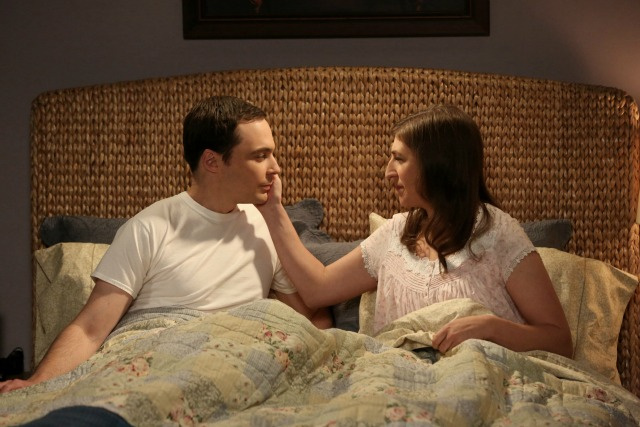 Sheldon and Amy in bed