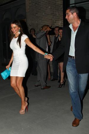Sofia Vergara back with boyfriend Nick Loeb