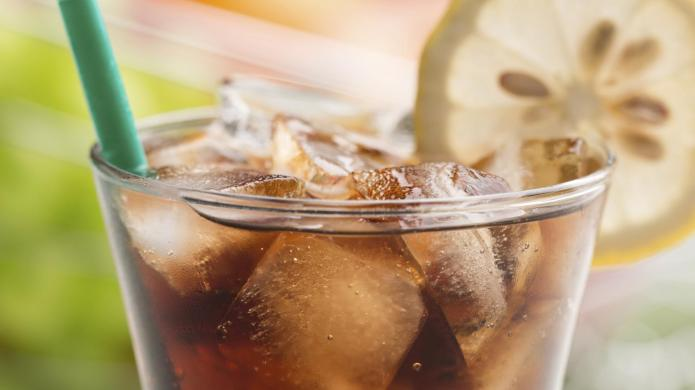 Diet soda better than water for