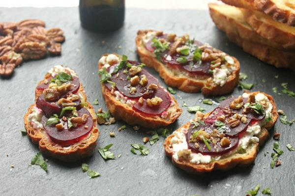 Roasted beet and goat cheese crostini