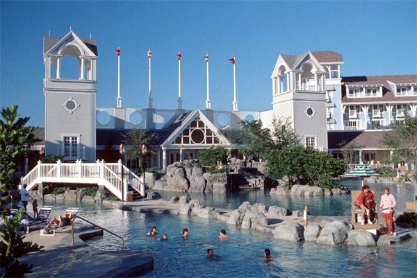 Stormalong Bay – Disney's Yacht Club Resort