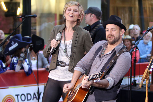 Sugarland shifting blame in Indiana State Fair lawsuit