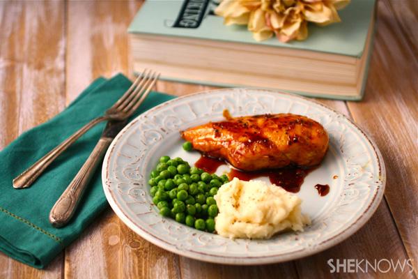 Sweet-n-spicy pan-glazed chicken