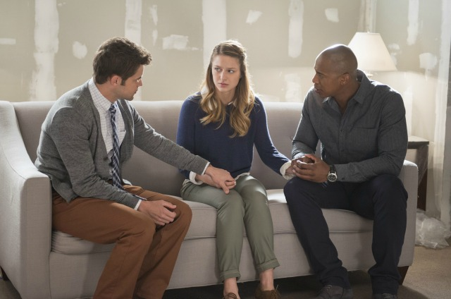 Supergirl Season 1 still