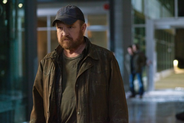 5 Ways Bobby Could Return to Supernatural season 9
