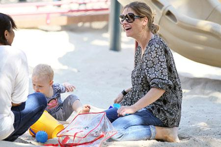 Rebecca Gayheart: Fabulously 40 (and pregnant!)