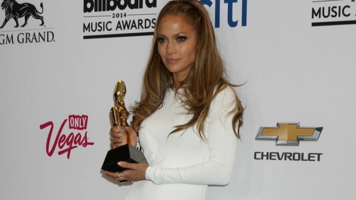 JLo snubs Pitbull: The Billboard moment
