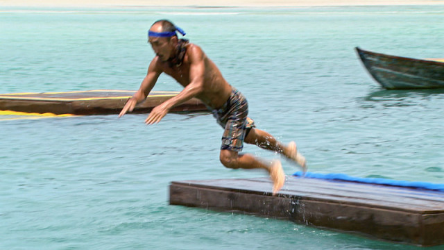 Tai Trang competes in challenge on Survivor: Kaoh Rong