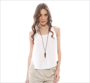 Shop the look: Bella Dahl Tulip Tank in White (singer22.com, $66)