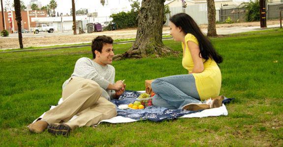 4 Outdoor date plans