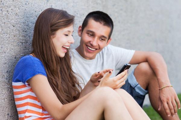 teens using cellphone