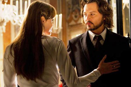 The Tourist stars Angelina Jolie and Johnny Depp