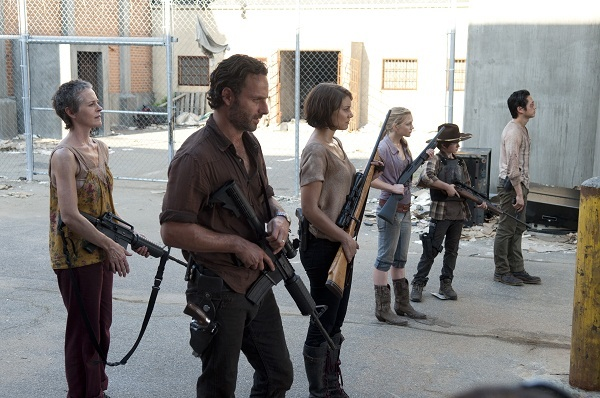 Rick protects his group