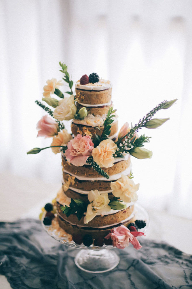 Tasty Wedding Cakes From Vegan Bakers | Lael Cakes
