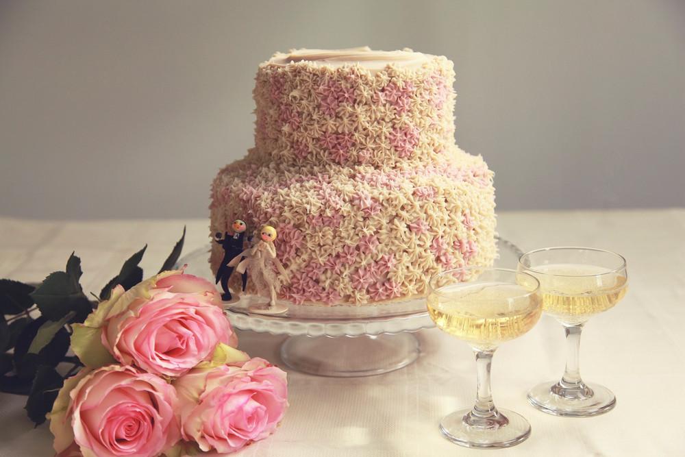 Tasty Wedding Cakes From Vegan Bakers | Erin McKenna's Bakery