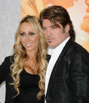 Tish and Billy Ray Cyrus divorce