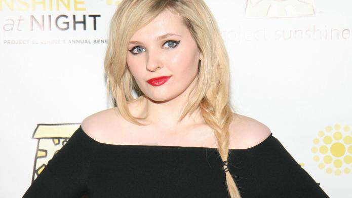Haters attack Abigail Breslin with comments