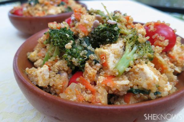Tofu, quinoa and veggie scramble