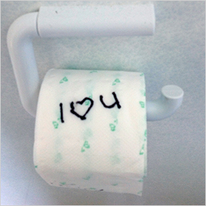 Toilet paper love | Sheknows.ca