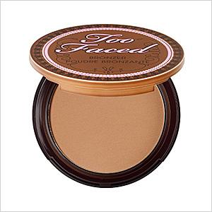 Too faced chocolate bronzing powder