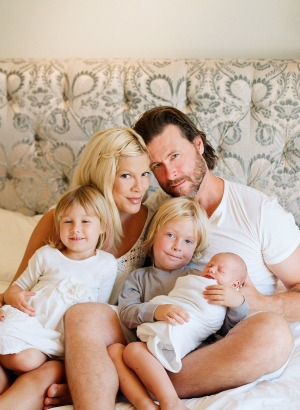 Tori Spelling & family after the birth of Hattie