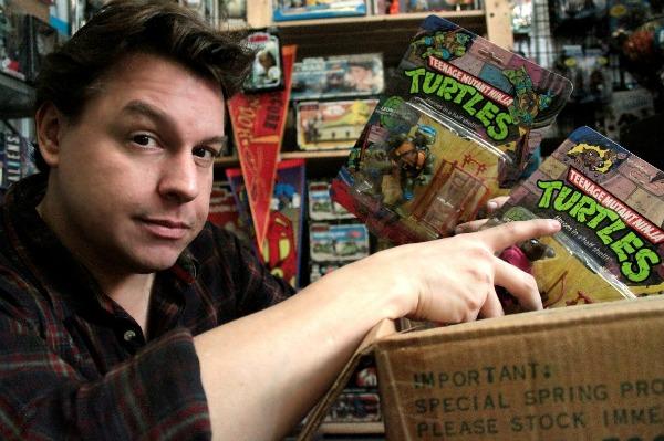 Toy Hunter Host Jordan Hembrough Discovers a Box of Teenage Mutant Ninja Turtles