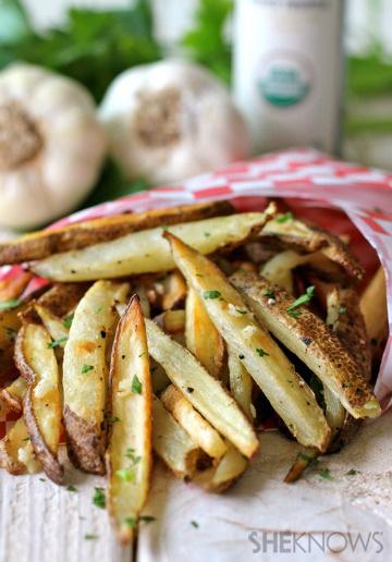 Baked garlic truffle fries