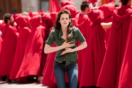 Bella seeks Edward through the Volturi in New Moon