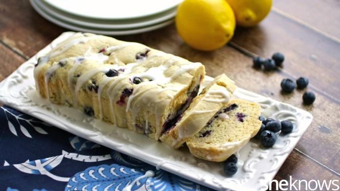 Blueberry coffee cake with lemon glaze