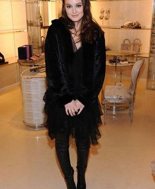 Celebrity trend: Black from head to