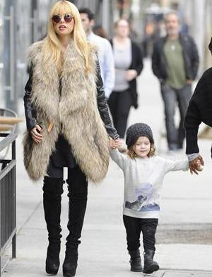 Get the look: Rachel Zoe's fur