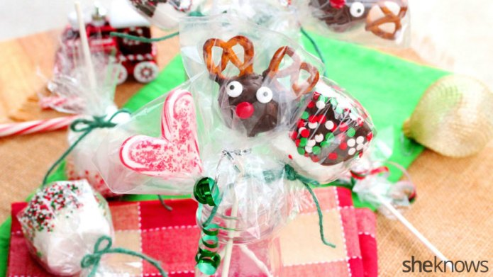 3 Easy holiday lollipops that make