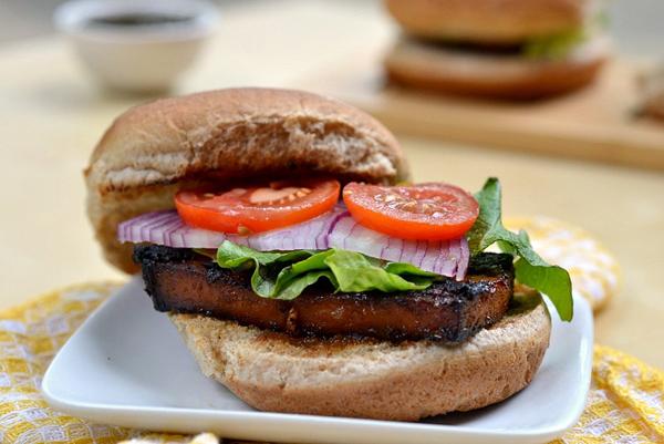 BBQ Grilled tofu sandwich