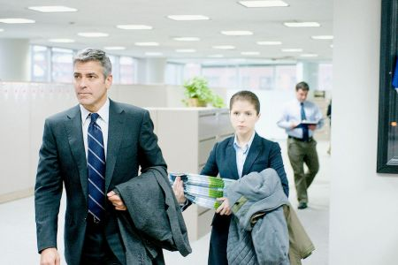 George Clooney and Anna Kendrick in Up in the Air