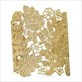 Pretty Little Things: Lace-inspired jewelry