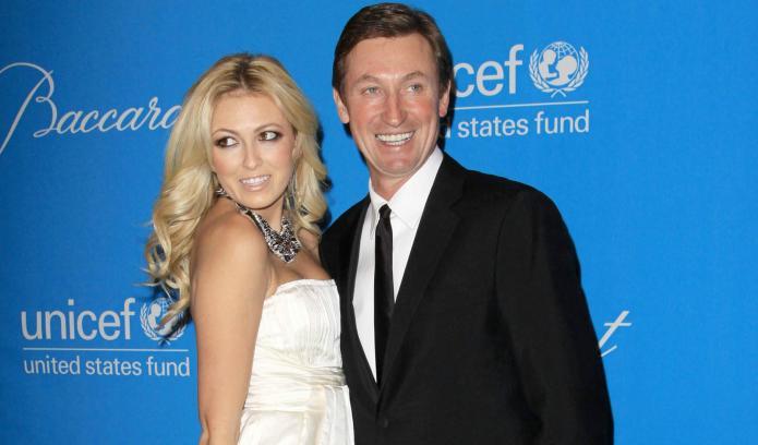 Grandpa Wayne Gretzky approves: Paulina Gretzky