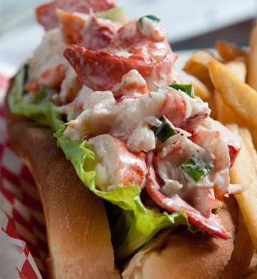 What makes a great lobster roll?