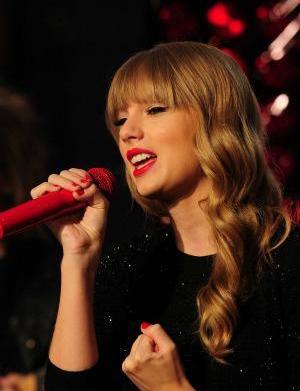 Taylor Swift's boyfriend shuffle: 13 Guys