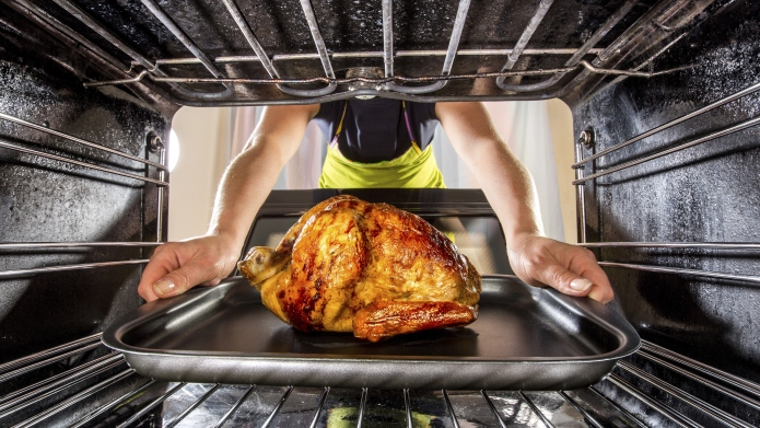 Cooking chicken in the oven at