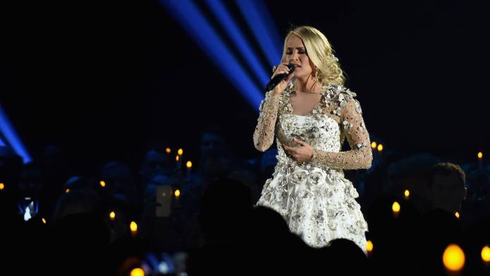 Carrie Underwood's Tribute to the Las